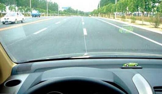 在哪里可以找到广州的新司机?车祸后的人们谈论这个问题