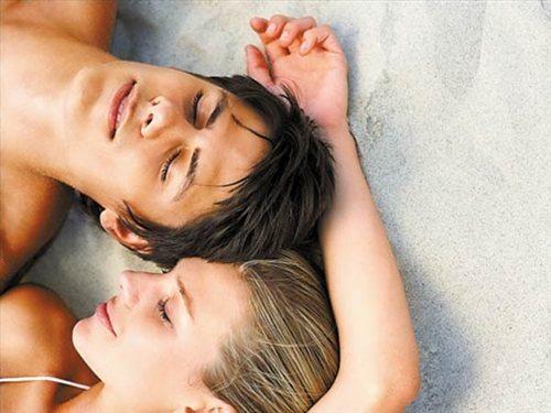 男人出轨征兆_女人出轨征兆_女人出轨睡觉时的征兆
